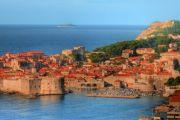 Dubrovnik – punakattojen pilkuttama vanha kaupunki