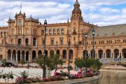 Sevilla – aurinkoinen ja perinteikäs kaupunkilomakohde